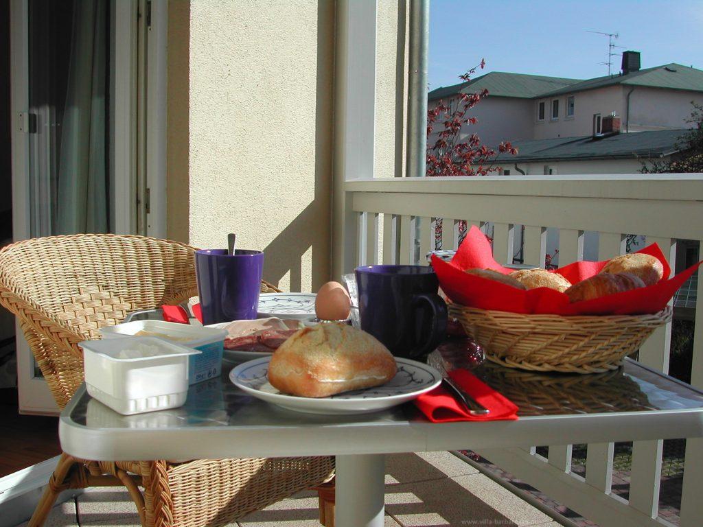 Der Ost-Balkon – genießen Sie ein sonniges Frühstück, bevor Sie in den Tag starten.